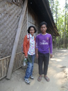 Ibu Dewi & Upi